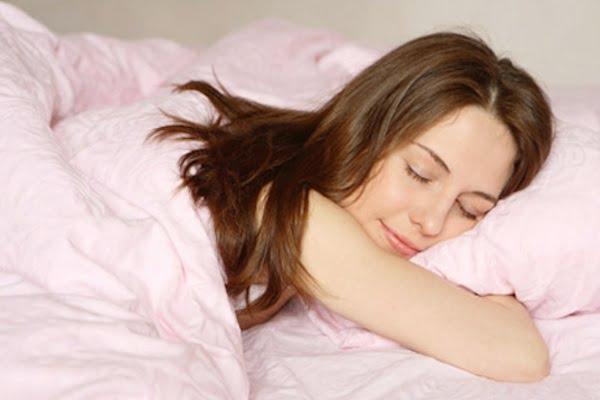 giảm cân bằng việc ngủ đủ giấc